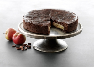 Apples and almonds cake